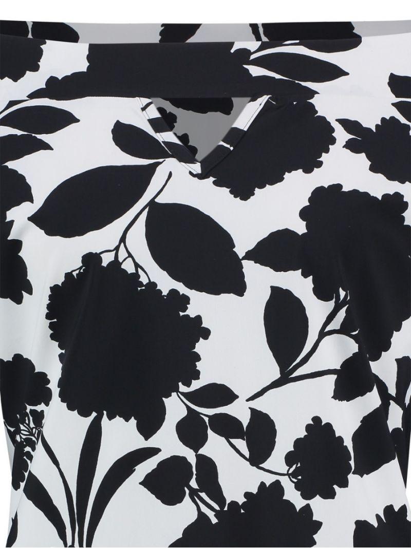Reise-Shirt mit Blumenmuster