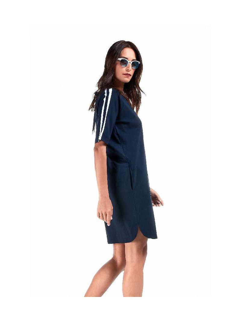 Reise-Kleid mit Schleife